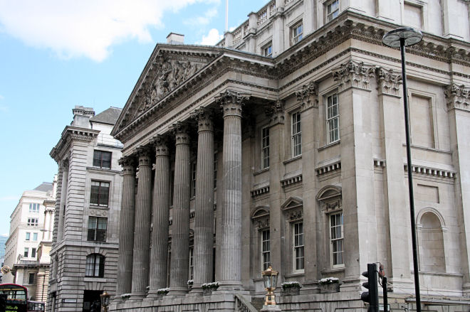 mansion house portico