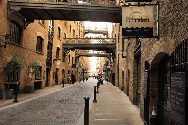 Butlers Wharf Shad Thames Walk London Sightseeing Tour